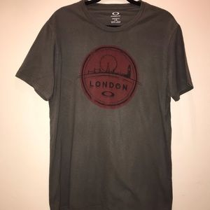 Oakley London t shirt. Size L